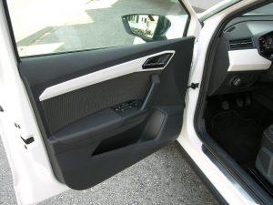 Seat Arona Weiss 018