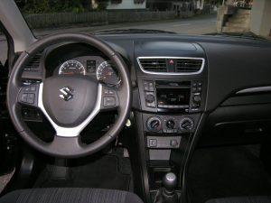 Suzuki Schwarz 012