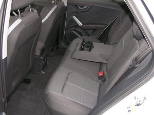 Audi Q2 Weiss 013