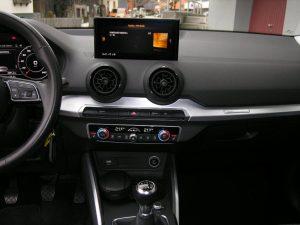 Audi Q2 Weiss 014