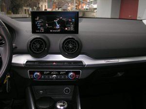 Audi Q2 Weiss 016