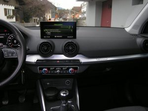 Audi Q2 Weiss 018